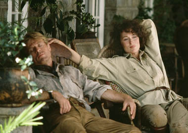 "Meryl Streep i Robert Redford w ""Pożegnaniu z Afryką"""
