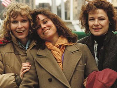 """Mia Farrow, Barbara Hershey i Dianne Wiest w """"Hannah i jej siostry"""""""