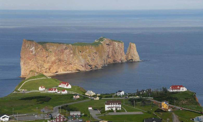 Le Rocher Percé - najsłynniejsza skała Kanady
