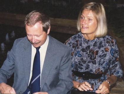Janusz Onyszkiewicz z żona Joanną, wnuczką Józefa Piłsudskiego