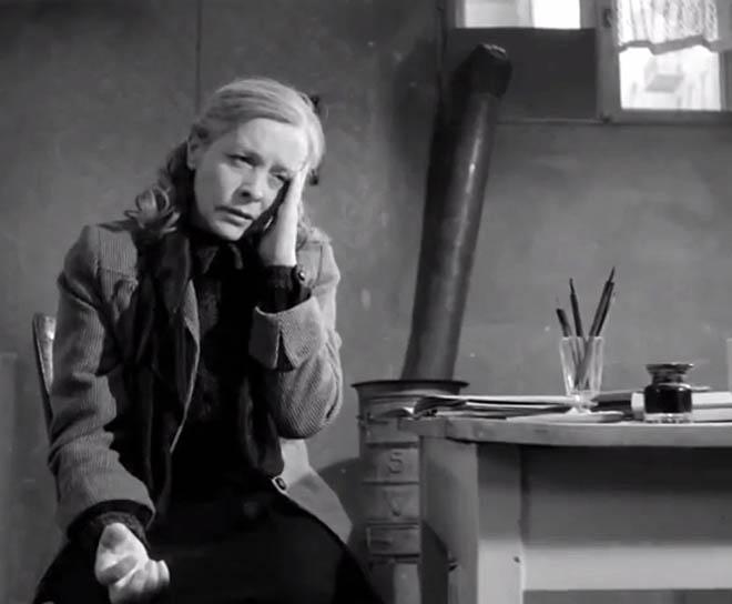 """Zaorski: """"Po seansie rozległy się oklaski i ludzie zaczęli śpiewać 'Jeszcze Polska nie zginęła'. Pomyślałem, że trafiło mi się coś wspaniałego, wielkiego - coś lepszego, niż wszystkie możliwe nagrody na festiwalach. Film okazał się być czymś szalenie potrzebnym."""" (Magda Teresa Wójcik w """"Matce Królów"""")"""