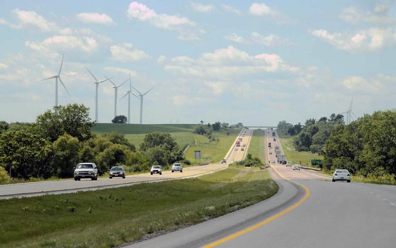 Droga przez Wielkie Równiny (gdzieś na autostradzie I-80 w stanie Nebraska)