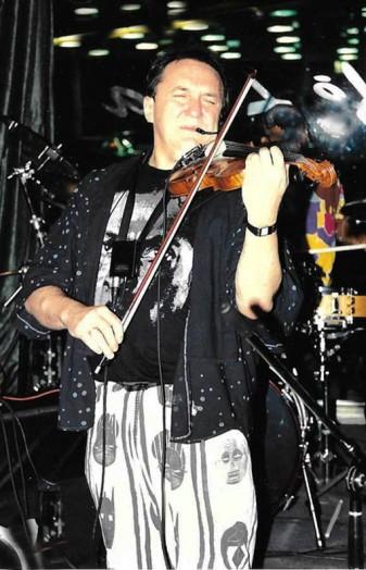 Michał Urbaniak koncertujący (zdjęcie własne)