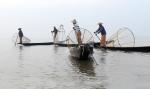 The fishermen of Inle Lake (Burma) (2)