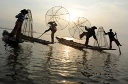 The fishermen of Inle Lake (Burma) (4)