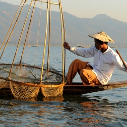 The fishermen of Inle Lake (Burma) (7)
