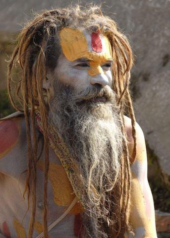 Człowiek za maską - nepalski sadhu