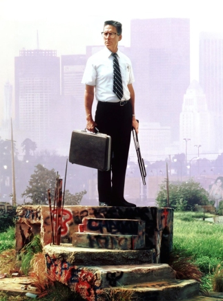 Rozsierdzony Michael Douglas sieje destrukcję na ulicach Los Angeles w