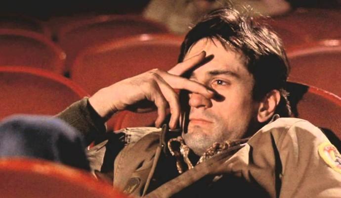 Samotny jeździec Apokalipsy - na razie ogląda pornografię w kinie (Robert De Niro w