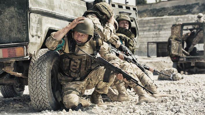 """Politycy mówią, biznesmeni robią interesy, a żołnierze przelewają krew (""""Karbala"""")"""