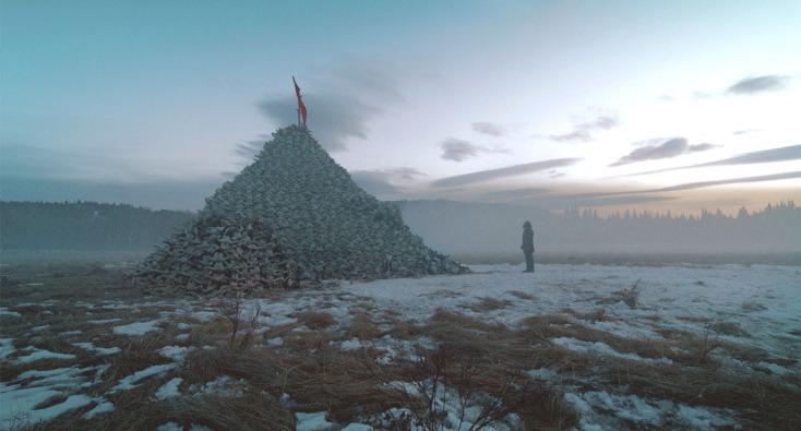 Góra z bizonich czaszek - destrukcyjna zachłanność Białego Człowieka