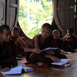 Shwe Yan Pyay Monastery - Birma, fot. Stanisław Błaszczyna (3)
