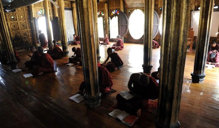 Shwe Yan Pyay Monastery - Birma, fot. Stanisław Błaszczyna (7)