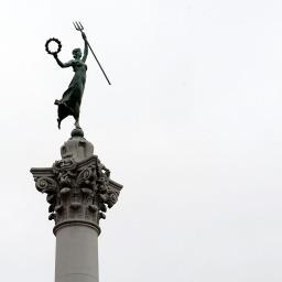 Bogini Zwycięstwa na Placu Jedności