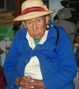 Seniorka z warkoczykiem (PERU)