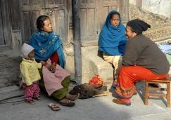 Popołudniowa pogawędka w Katmandu (NEPAL)