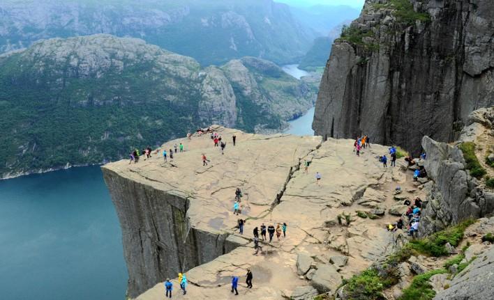 8-norwegia-preikestolen