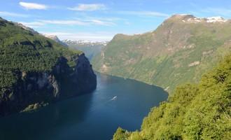 z widokiem na Geirangerfjord - Króla wszystkich norweskich fiordów