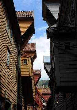 architektura nabrzeżnych zabudowań - hanzeatyckie dziedzictwo w Bergen
