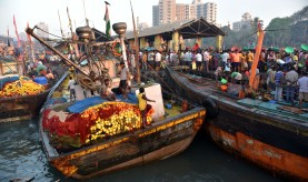 Sassoon Docks - Bombay (9)