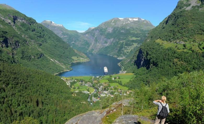 Z widokiem na fiord Geiranger (Norwegia)