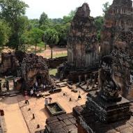 Ruiny jednej ze świątyń Angkor Thom, fot. Stanisław Błaszczyna